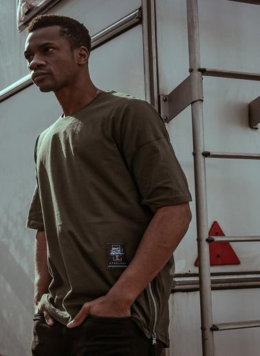 XHAN Haki Yanı Fermuarlı Oversize T-Shirt 1Kxe1-44586-09 Haki